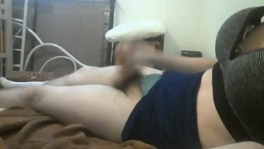 stephenie cums for mommy while wearing her clothes