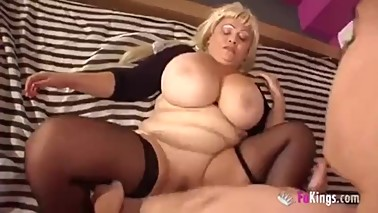 The Big-Boobies Stepmommy Loves Students 2/3