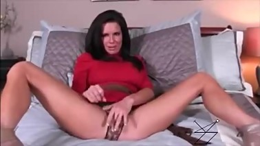 Mature Dirty Talking Mommy JOI